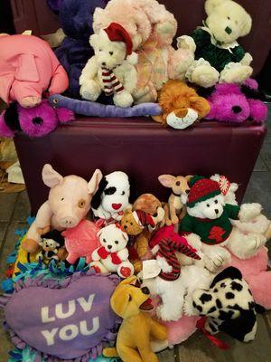 Stuffed animal bundle for Sale in Elkridge, MD