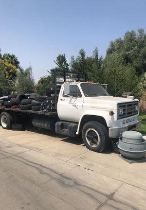 82 Chevy Flatbed Truck for Sale in Hemet, CA