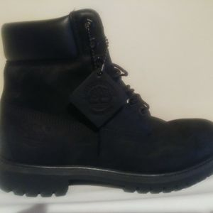 Timberland-6-Inch-Basic-Waterproof-Boots for Sale in Monroe Township, NJ