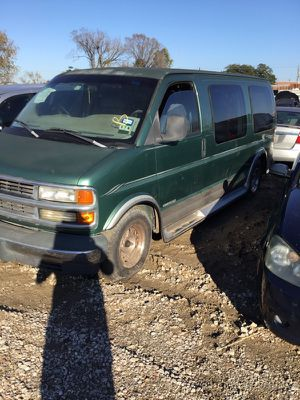 98 Chevy Express Van For Parts for Sale in Houston, TX