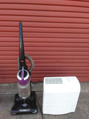 Bagless vacuum +ion fan only 20.00 for Sale in Atlanta, GA