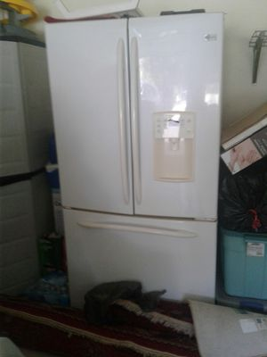 Brand refrigerator with chest freezer for Sale in Springfield, VA