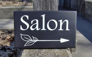 Vinyl signs single words $6 each white or black. Custom work accepted for Sale in Cle Elum, WA