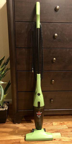 Bissell 3-in-1 Lightweight Stick Vac + Bonus Swiffer Mop for Sale in Houston, TX