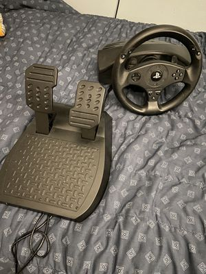 PS3 and PS4 Wheel/Pedals (in good conditions) for Sale in Miami Beach, FL