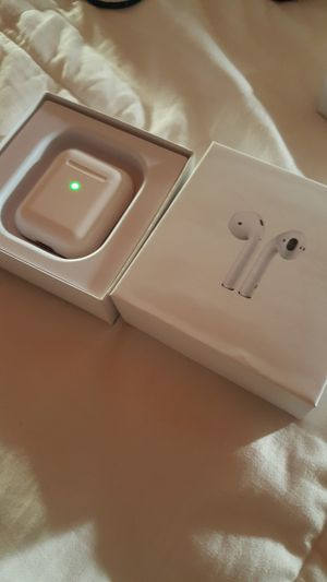New Airpods Style i200 tws earphones for Sale in Los Angeles, CA
