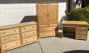 Bedroom Furniture Set - Murrieta for Sale in Murrieta, CA