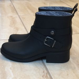 Lucky Brand short rain boots Size 7 for Sale in Smithtown, NY