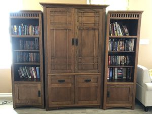 Entretainment unit 3 piece with lights for Sale in Chesapeake, VA