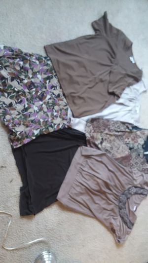 6 pcs. Mix & match skirts & shirts Ladies career clothes size L 12-14 XL for Sale in Tracy, CA