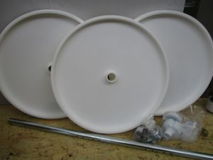 3 Shelf full Round Lazy Susan Knape and Vogt for Sale in Clinton, UT