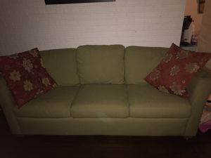 Pullout sofa/couch free for Sale in Belle Isle, FL