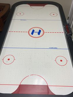 Classic Harvard Air Hockey Table+4x(Strikers)+4x(Air Pucks)+Electrical Cords for Sale in Glen Head,  NY