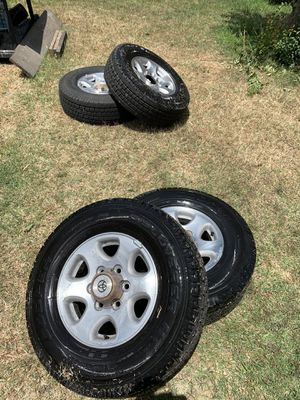 LT235/75R15 rims/tires for Sale in Salinas, CA