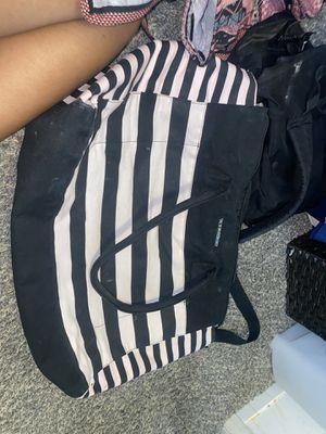 Duffle bag for Sale in Boulder City, NV