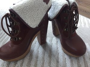 Luck brand booties size 6-fit like 5.5-very small for Sale in San Diego, CA