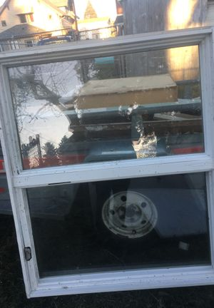 Free vinyl window for Sale in Tacoma, WA