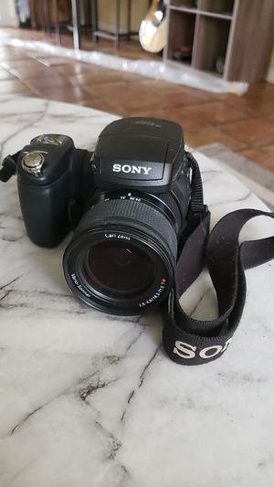 Sony camera 10.3 mega pixels- cmos for Sale in Oakland Park, FL