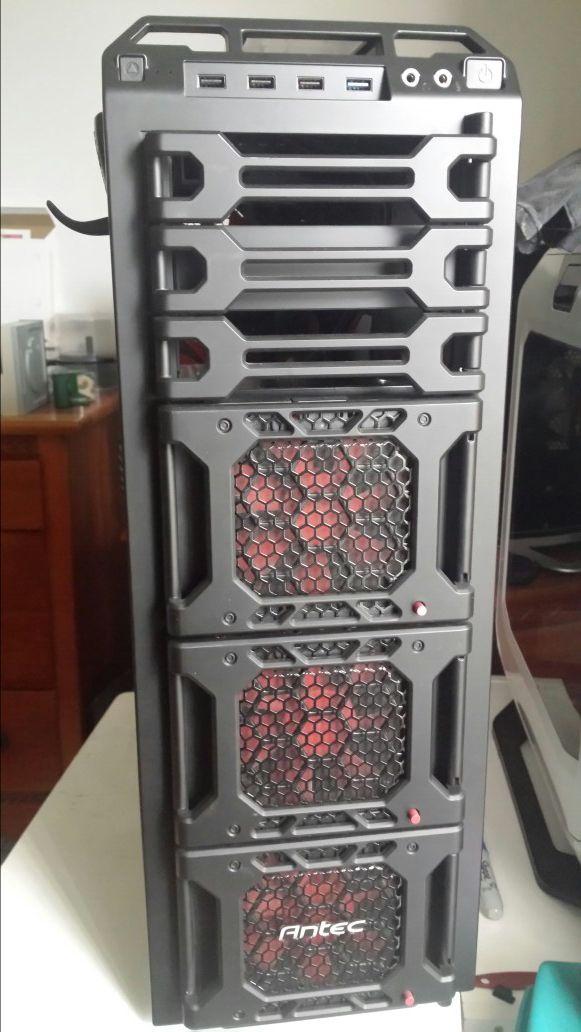 Antec DF 85 full tower computer case