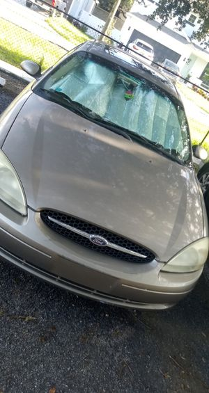 Ford Taurus SES 2002 for Sale in Tampa, FL