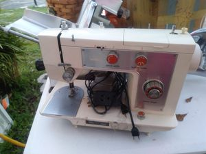 Sewing Machine for Sale in Mulberry, FL