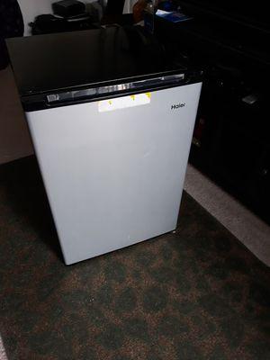 Haier mini fridge for Sale in Lorton, VA