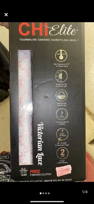 Chi elite Victorian lace new straightener for Sale in Steubenville, OH