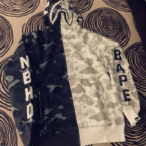 Bape Grey Hoodie Size L Brand New for Sale in Phoenix, AZ
