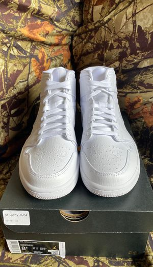 Jordan 1 white on white size 8.5 for Sale in Kissimmee, FL