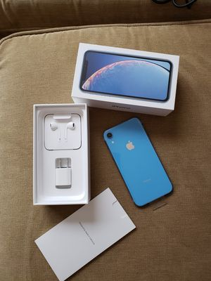 iPhone XR 64GB BLUE AT&T for Sale in Rockville, MD