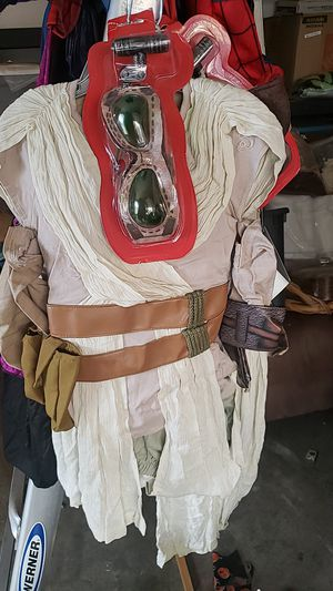 Halloween costume Star Wars Rey children's costume Sizes 5/6 for Sale in Lakewood, CA