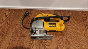DeWalt DW317 jig saw for Sale in Chicago, IL