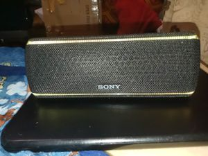 Sony SRS-XB31 for Sale in Peoria, IL