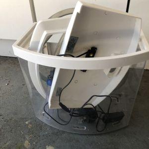 Aquarium 2.5 Gallon with Starter Kit for Sale in Beaverton, OR