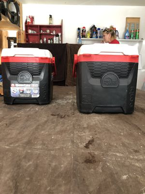 12 quart igloo cooler for Sale in Phoenix, AZ
