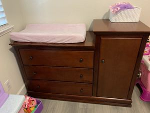Crib, changing table, dresser for Sale in Brentwood, CA