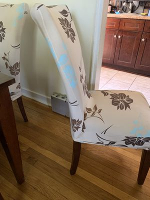 Dining Room Table w/leaf for Sale in Barrington, NJ