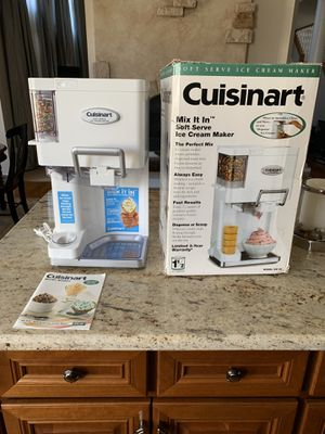 New Cuisinart Ice Cream Maker for Sale in Plainfield, IL