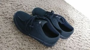 Size 6 Black Vans for Sale in Denver, CO