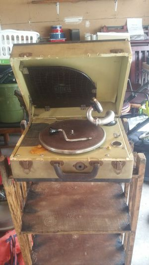 Birch old record player for Sale in Washington, IL