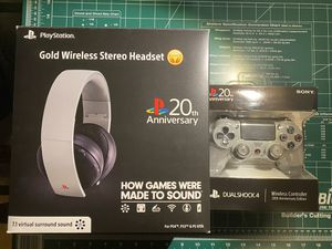20th Anniversary PS4 Headset and Controller for Sale in Avondale, AZ