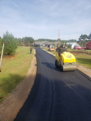Asphalt paving driveways & parking lots for Sale in Kissimmee, FL