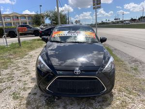 Toyota yaris 2019 for Sale in Hialeah, FL