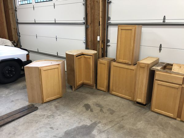 Complete Set Kitchen Cabinets (12 Total) For Sale In