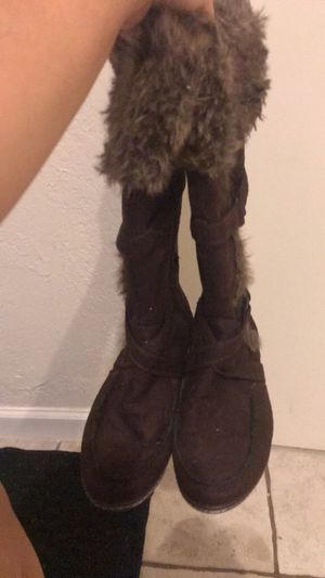 Brown fur boots for Sale in Tampa, FL