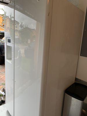 Brand new refrigerator on sale for Sale in Miami, FL