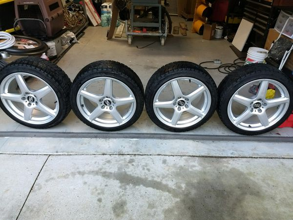 17 inch rims & tires will fit a 5 lug Acura or Honda vehicle Tire size 235 40R18 91R