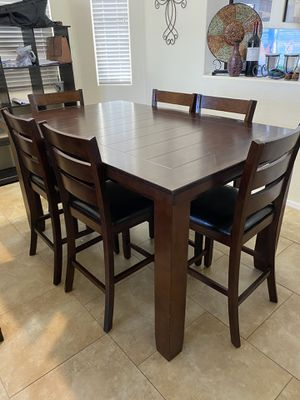 Signature by Ashley 7PC Counter Height Dining Room Table EUC for Sale in Sun City, AZ