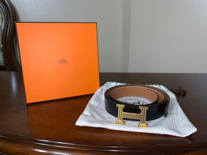 Hermès back and gold belt for Sale in Brooklyn, NY
