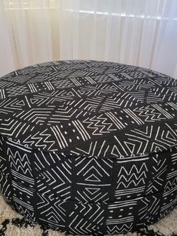Ashley Furniture Black Neira Ottoman for Sale in North Las Vegas,  NV